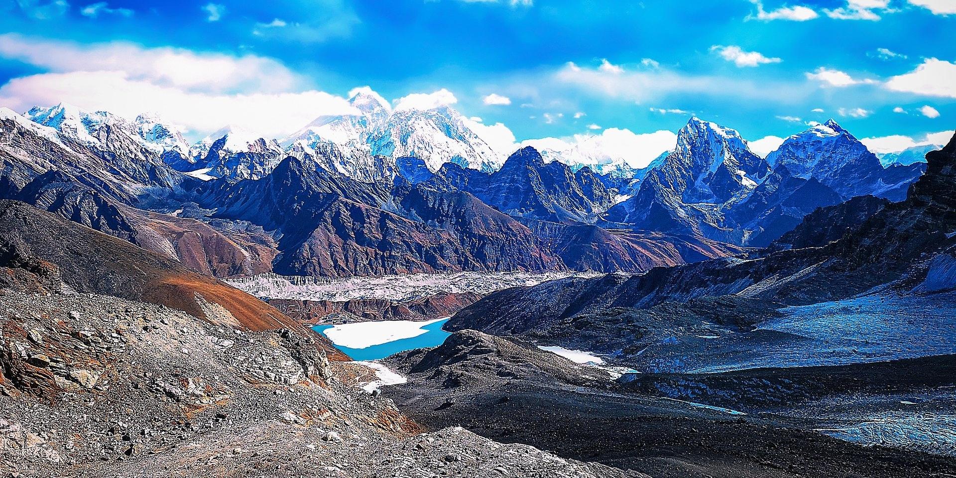 Everest Base Camp with Chola Pass Trek